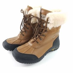 Ugg 9.5 Leather Adirondack Lined Waterproof Boots